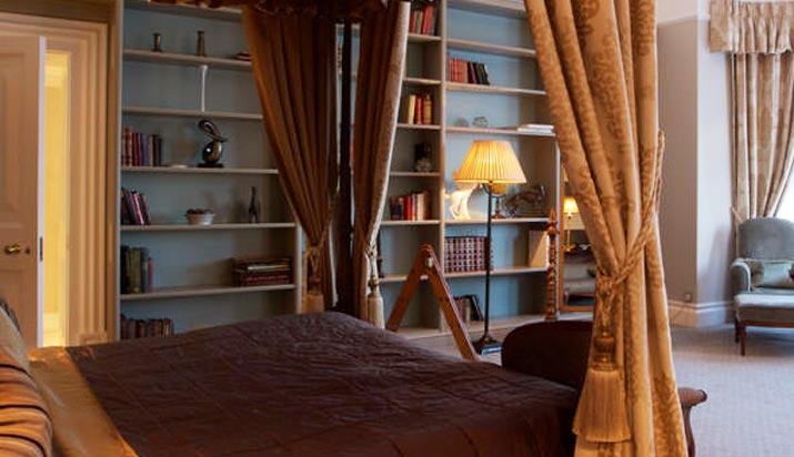 Welcombe Hotel Stratford Bedroom