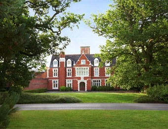Hilton St Annes Manor Bracknell