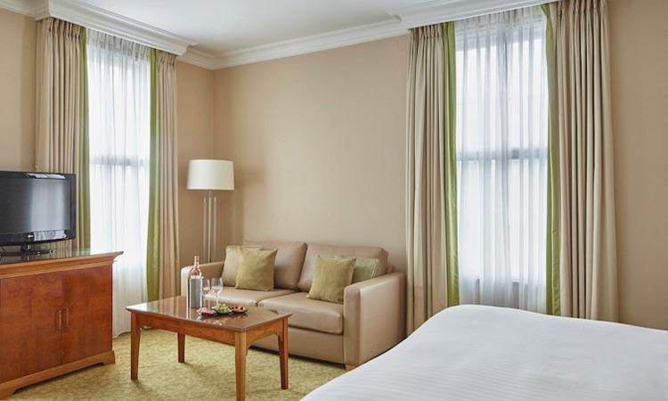 Birmingham Marriott Hotel Bedroom