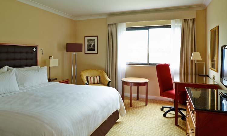 Cheshunt Marriott Hotel Bedroom