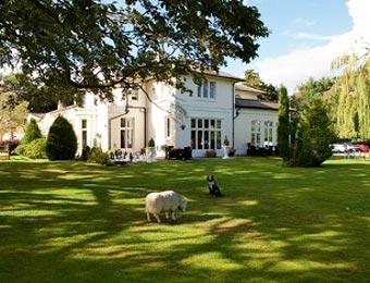 Hallmark Hotel Llyndir Hall