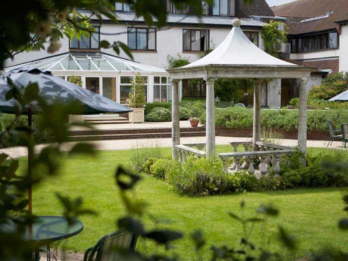 Hilton Doubletree Oxford Belfry Hotel 1